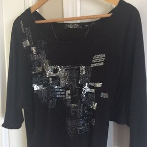 $5 with purchase- Guess 3/4 sleeves top